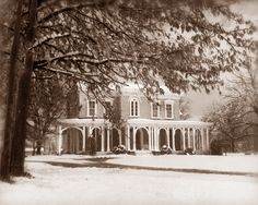Oaklands Mansion became Confederate and Union headquarters during the Civil War. Notably, it was the site of the famous Nathan Bedford Forrest raid, July 13, 1862. The mansion was the main house and center piece of a 1500 working plantation of the Maney family.