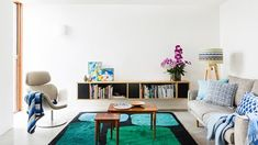 A new build in inner-city Sydney maximises natural light for fresh family living. Home Diy, New Builds, Floating Bookshelves, Family Living, Diy Home Improvement, Living Room Wall, Beautiful Homes, Interior Design, Room