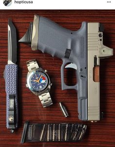 Love the color scheme on this glock Benelli M4, Edc Tactical, Edc Everyday Carry, Bug Out Bag, Edc Gear, Pew Pew, Guy Stuff, Guns And Ammo, Bullets