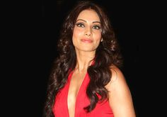 #BipashaBasu spills beans, says she's getting married soon