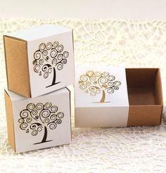 Scatolina porta confetti bomboniere segnaposto nozze traforate albero della vita