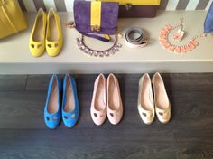 #durval #shoes #ballerine #ballerinas #flat #youmusthaveit #madeinitaly #florence #firenze #iloveshoes #iloveshoppig #leather #fashion #moda #fashionblogger #suede #cute #feet #giallo #colours #pink #yellow #gold #blu #oro