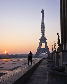 Paris is for Lovers, Trocadero, Paris, France. by pedro lastra