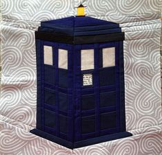 Tardis free quilt pattern is up on the Doctor.Who.Along