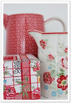 Greengate Collection 2012/2013 Jug Lina Red and Camille White