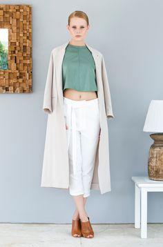 nisse Minimalist, Pants, Fashion, Trouser Pants, Moda, Fashion Styles, Women's Pants, Women Pants, Fashion Illustrations