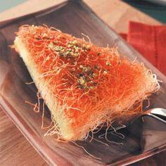 Kunafa Nabulsiah Bil-Kishta Recipe_Arabic recipe_   http://arabic-food.blogspot.com/2012/01/kunafa-nabulsiah-bil-kishta-recipe.html