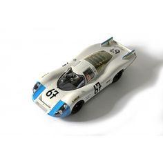 El equipo fue inscrito por la escudería ORTF Tours. Robert Buchet, Campeón de Francia en 1967, fue llamado en último momento para pilotar este coche sustituyendo a Phillipe Fajon, fundador de la escudería ORTF Tours, por razones de peso, pues Buchet pesaba cinco kilos menos que Fajon.