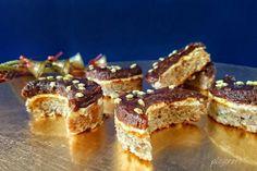 Semiluni cu nuci si ciocolata Romanian Desserts, Tiramisu, French Toast, Sweet Treats, Cooking, Breakfast, Ethnic Recipes, Food, Kitchen