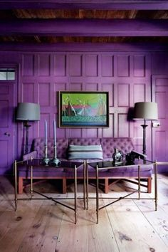 According to the Pantone, the color of 2018 is a rich, comforting purple, called Ultra Violet. This color symbolizes both the carefulness and risk-taking which drives each of us and society as a whole forward. Ultraviolet Color, Purple Rooms, Purple Interior, Decoration Originale, Piece A Vivre, Sofa Upholstery, Color Of The Year, Creative Home, Creative Ideas