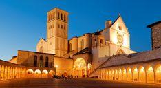 La maestosa basilica di San Francesco d'Assisi