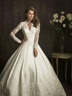 e463330f70e8e31ac4c29ef98054a0a4--sleeve-wedding-dresses-wedding-dressses.jpg (JPEG Image, 700×933 pixels) - Scaled (58%)