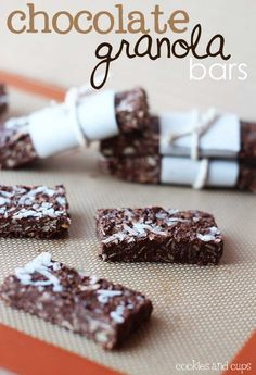Chocolate Granola Bars.. perfect for kids lunch box snacks!