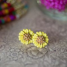 Yellow Daisy Studs $10 NZD Summer Collection, Valentine Day Gifts, Studs, Daisy, Stud Earrings, Yellow, Vintage, Jewelry, Jewlery