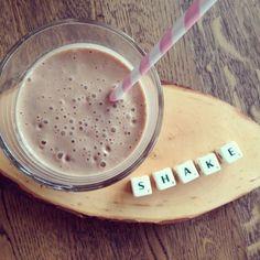 Gezonde chocoladeshake. Perfect als hersteldrank na het sporten. Healthy chocolat milkshake. www.tasteourjoy.nl
