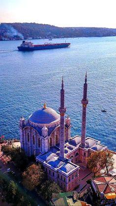 Istanbul, Türkei – Join in the world of pin Istanbul City, Istanbul Travel, Turkey Resorts, Turkey Culture, Turkish Architecture, Visit Turkey, Capadocia, Beautiful Mosques, Islamic World