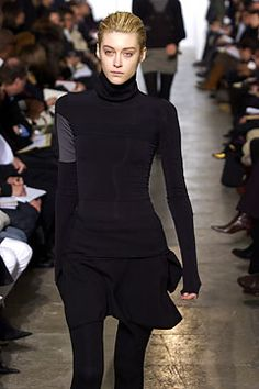 Helmut Lang Fall 2003 Ready-to-Wear - Collection - Gallery - Style.com