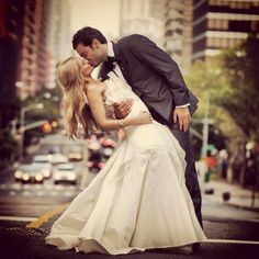 wedding photography featuring beautiful nyc as the background