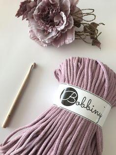JEDNODUCHÝ NÁVOD NA HÁČKOVANÝ KOŠÍK - Tričkovlna Crochet Videos, Macrame, Diy And Crafts, Projects To Try, Knitting, Sewing, Pattern, Handmade, Totes
