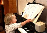 A helpful Suzuki website for parents, although it is violin and not piano-oriented, lots of practice games and advice.