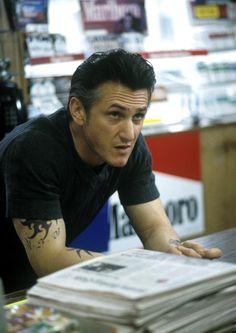 MYSTIC RIVER, Sean Penn, 2003 |