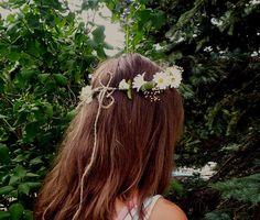 Hippie daisy headband Prom Flower Crown by BudgetWeddingBouquet