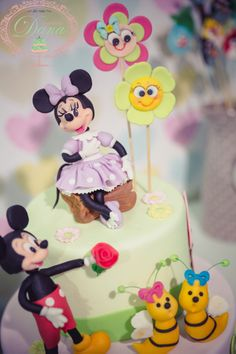 Mickey & Minnie Mouse cake  http://cofetariadana.ro/ Cofetaria Dana