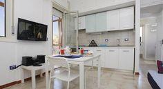 Appartamento Girasole - #Apartments - $75 - #Hotels #Italy #Sferracavallo http://www.justigo.com/hotels/italy/sferracavallo/appartamento-girasole-palermo_154285.html