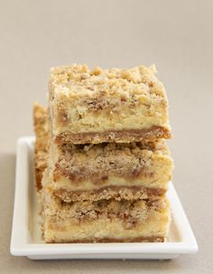 Cinnamon Oatmeal Cream Cheese Bars are deliciously layered bars flavored with lots of cinnamon and sweet cream cheese