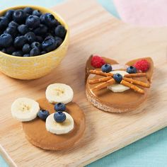 "<p>A fun snack recipe of peanut butter on a bread circle decorated with fruit to look like a bear face. </p> <p><a href=""http://www.peterpanpb.com/recipes-Peanutty-Teddy-Bear-7378"">Click here for the recipe</a></p>"