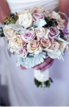 Antique, Honeymoon & Creme De Grande Roses with Ivy Berry & Silver Suede