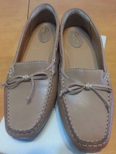 Check out New with box Clarks leather loafers slip on size 9.5 #Clarks #LoafersMoccasins #Casual http://www.ebay.com/itm/-/291903456211?roken=cUgayN&soutkn=y58UKD via @eBay