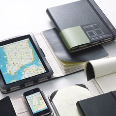 Moleskine Tablet Cover & Volant Notebook (iPad)  Compatible with iPad