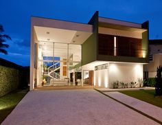 Architect Flavio Castro has designed the Acapulco #House in São Paulo, Brazil.