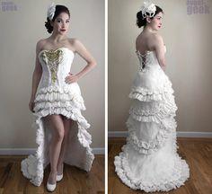 Une robe de mariée en papier toilette