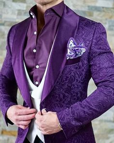S by Sebastian Midnight Plum Paisley Dinner Jacket Mens Fashion Wear, Suit Fashion, Dress Suits, Men Dress, Wedding Suits, Wedding Dress, Wedding Tuxedos, Tuxedo Wedding, Purple Suits