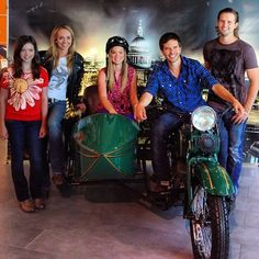Photo from just the Heartland cast. previous post was whole gang and different background. Photo By: Jeff Newton Heartland Actors, Heartland Seasons, Heartland Ranch, Heartland Tv Show, Heartland Characters, Best Tv Shows, Best Shows Ever, Favorite Tv Shows, Ty Borden