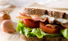 BLT Sandwich with Sesame Mayo Add pizzazz to your BLT with creamy sesame mayo. Mayonnaise, Sandra Lee Recipes, Best Sandwich, Sandwich Board, Sandwich Recipes, Dash Recipe, Garlic Mayo, Tomato Jam, Best Bacon