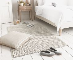 """Our Bobble rug has a gorgeous hand-knotted detail which makes it really interesting but not too """"out there""""!"""
