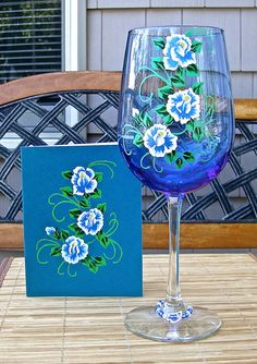 Hand Painted Wineglass and Card All Occasion by ipaintitpretty #handpaintedwineglass #alloccasiongiftset #glassandcardgiftset #uniquegifts #handpaintedcard