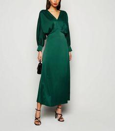 Urban Bliss Dark Green Satin Long Sleeve Midi Dress New Look Modest Dresses, Satin Dresses, Simple Dresses, Elegant Dresses, Vintage Dresses, Beautiful Dresses, Green Satin Dress, Green Midi Dress, Long Sleeve Midi Dress
