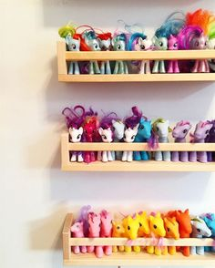 My Little Pony organization! Simple and cheap toy organization for your toy roo Toy Rooms cheap Organization Pony roo Simple Toy My Little Pony Bedroom, Little Girl Rooms, Room Girls, My Little Pony House, Kids Girls, Toy Room Organization, Cheap Toys, Kids Storage, Storage Ideas