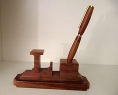 Schreibtischgarnitur - gedrechselter Stift in gesägtem...