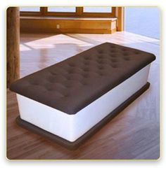 ice cream sandwich bench!!!! ..i think i would get hungry everytime i see this tho lol