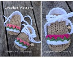 """Work Sock Winter Booties - CROCHET PATTERN  PLEASE READ: ** THIS LISTING IS NOT FOR FINISHED BOOTS, it is for an instant download PDF Crochet Pattern to make the Baby Booties as shown. ** Due to the nature of digital downloads there is no refund on digital products.   ƸӜƷ.•°""""˜˜""""°•.ƸӜƷ•°""""˜˜""""°•.ƸӜƷ•°""""˜˜""""°•.ƸӜƷ.•°""""˜˜""""°•.ƸӜƷ•°""""˜˜""""°•.ƸӜƷ•  Super cozy and fun booties for the special little one in your life. This easy to advanced beginner pattern works up in just a few hours.  Pattern offers…"""