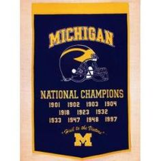 Michigan Wolverines Large Dynasty Wool Banner with Hanging Rod