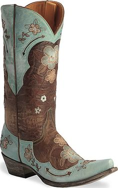cute boots!!