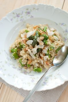 Quinoa with asparagus and toasted coconut