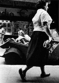 Joan Colom, in the red-light district of Barcelona's famous Barrio Chino Alberto Garcia, Miami Street, Loud Laugh, Brassai, Barcelona City, Red Light District, Types Of Photography, Man Ray, Chiaroscuro