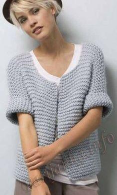 Free Autumn Knitting Patterns : Free knitting pattern for a cardigan that will be a great beginner knitting project. Find more free knitting patterns on this website. Easy Knitting, Knitting For Beginners, Knitting Stitches, Knitting Patterns Free, Knit Patterns, Free Pattern, Creative Knitting, Kimono Pattern Free, Bolero Pattern